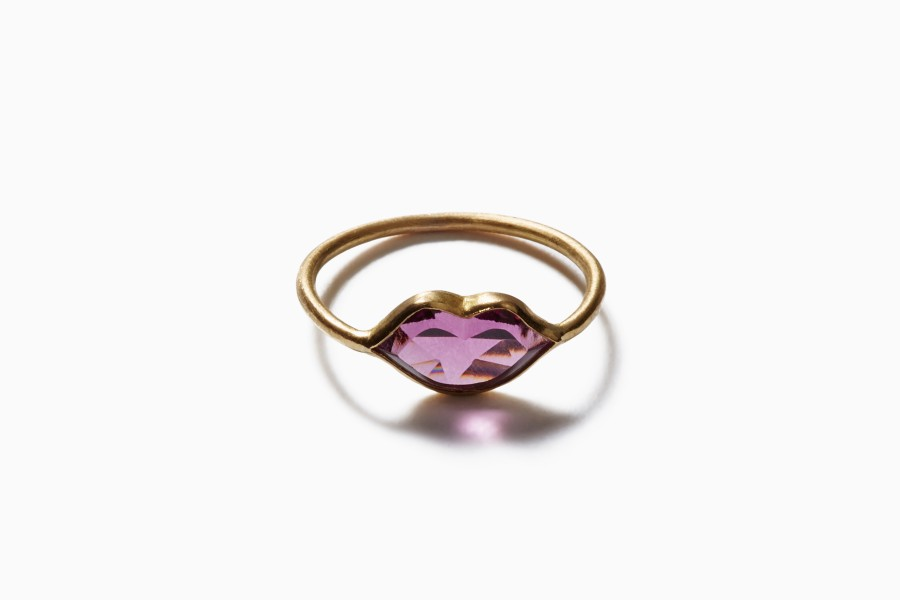 """Tender Kiss"" ring)"